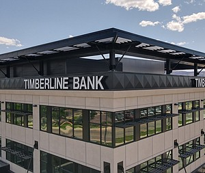 Fabricated ACM Panels Span Across New Timberline Bank Headquarters