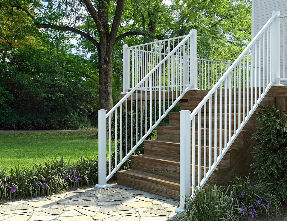 Fortress Building Products Brings Enhanced Aluminum Railing Solution to Commercial Market