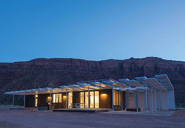 Student-Designed Building Embraces Desert