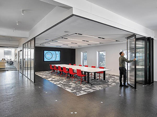 Reconfigurable Floor Plans May Boost Productivity